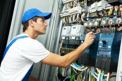 Práce v Německu - mechatronik / elektromontér